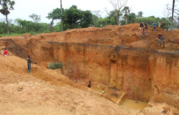 Covid-19 : A Bétaré-Oya, la crise sanitaire plombe le business de l'or